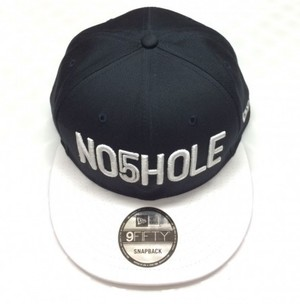 NO5HOLE NewEra 9FIFTY キャップ 紺白